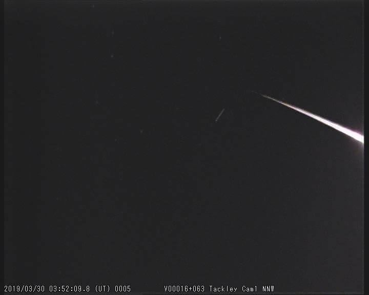 M20190330_035209 fireball from Tackley Camera